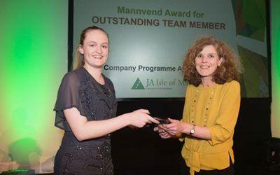 MannVend sponsors the 2017 Junior Achievement award