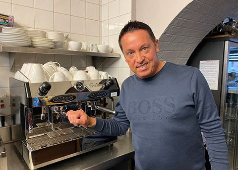 Enzo Ciappelli, owner of Enzo's Restaurant, with the Fracino machine supplied by MannVend.